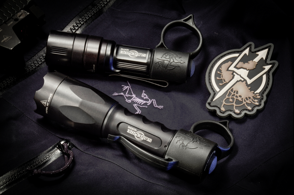 Thyrm Switchback tactical flashlight ring