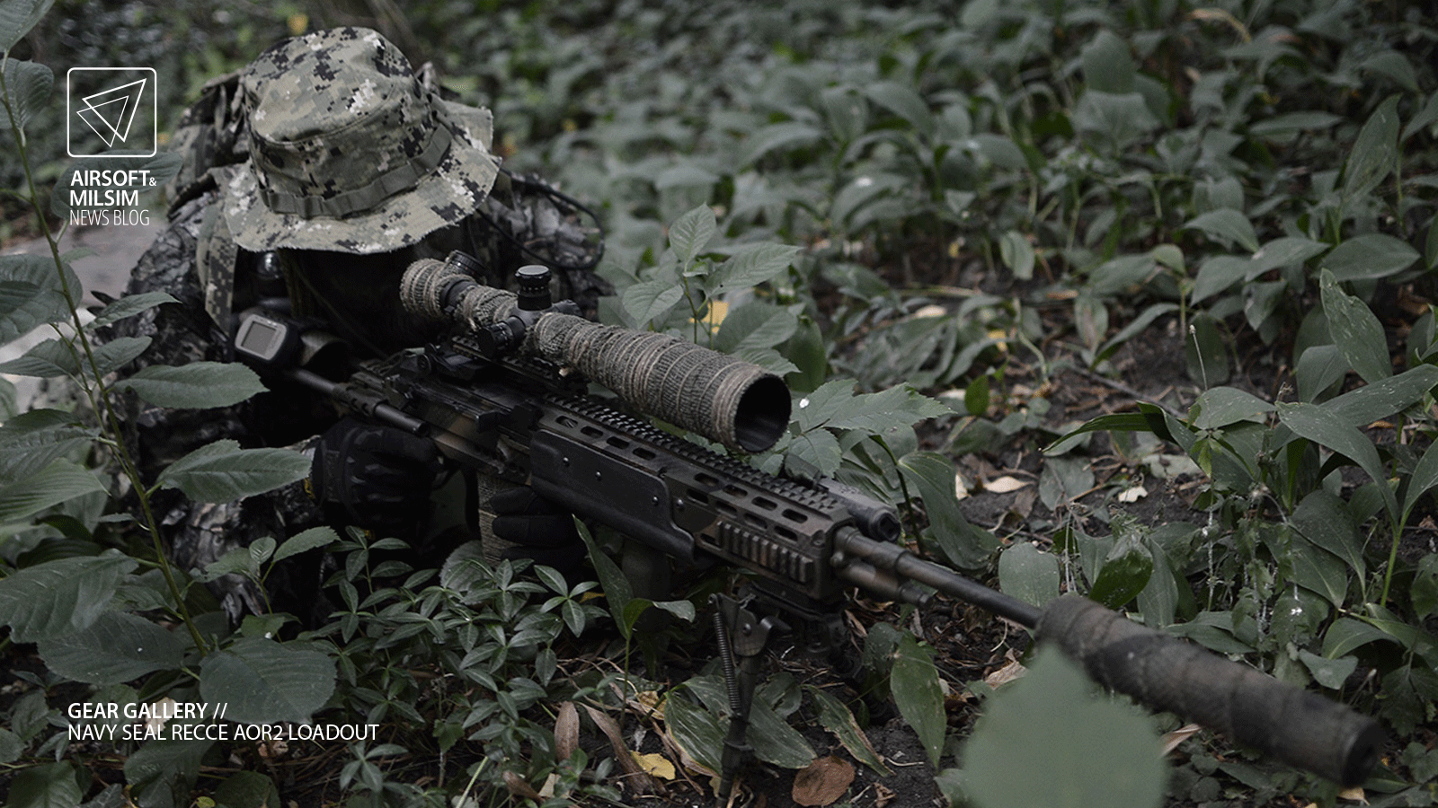 GEAR GALLERY // Navy SEAL RECCE AOR2 inspired loadout